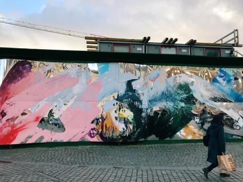 Reflective mural